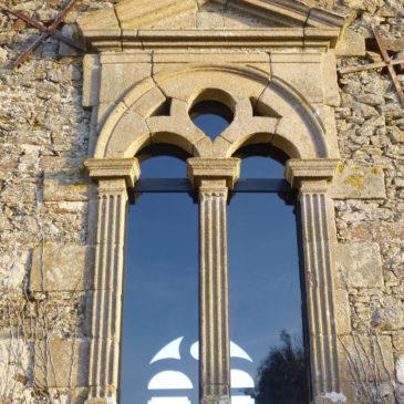 Fenêtres de chapelle bretonne du XVIIème siècle